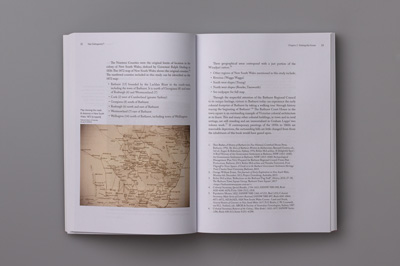 Photograph of page spread showing major and minor columns.